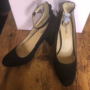 Sz 9 JustFab Joselyn Black Pump